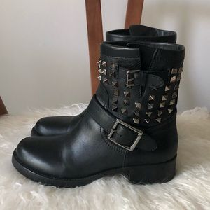48HRSALE💥 VALENTINO Rockstud Moto Ankle Boots -37
